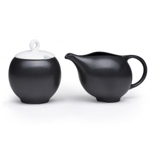 Modern ceramic milk and sugar set