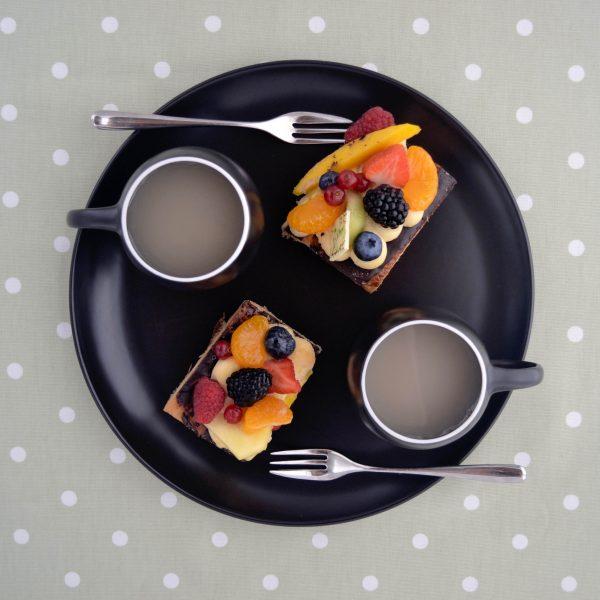 Black Eva platter